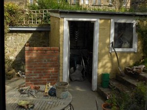 shed under construction_opt