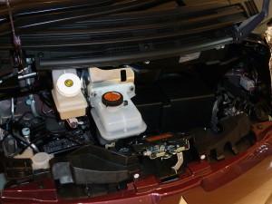1024px-2010_Mitsubishi_i_MiEV_hatchback_(2010-10-16)_03