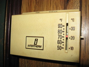 800px-Intertherm_Mechanical_Thermostat